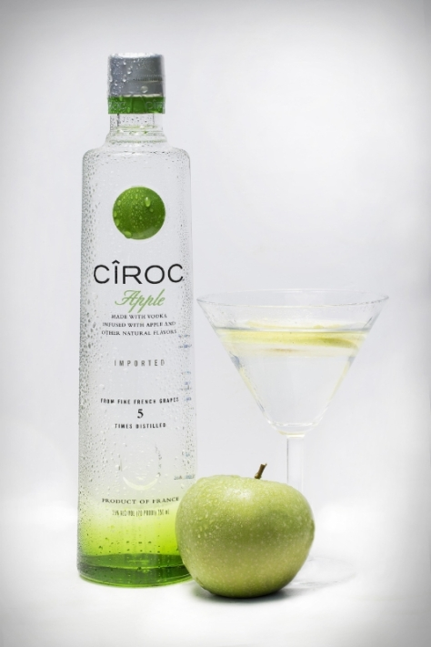 The liquid also lends itself well to a variety of twists on more traditional cocktails including the CIROC Apple. (PRNewsFoto/CIROC Ultra Premium)
